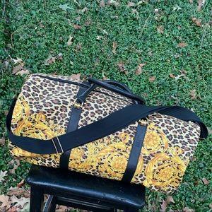 Auth Large Versace leopard boroque travel bag